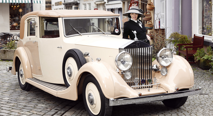 Brillant Titel Shooting Rolls Royce im Schnoor